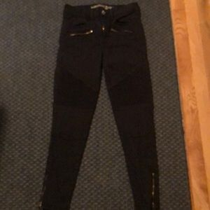 AE Outfitters Black Hi-Rise Jegging